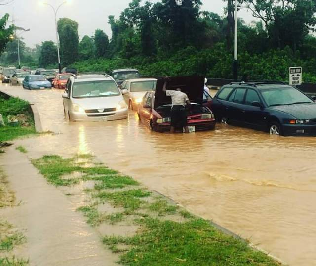 Pathetic Photos of Lagos State Flood
