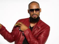 New Accuser Says R. Kelly Had Sexx With Her When She Was 16