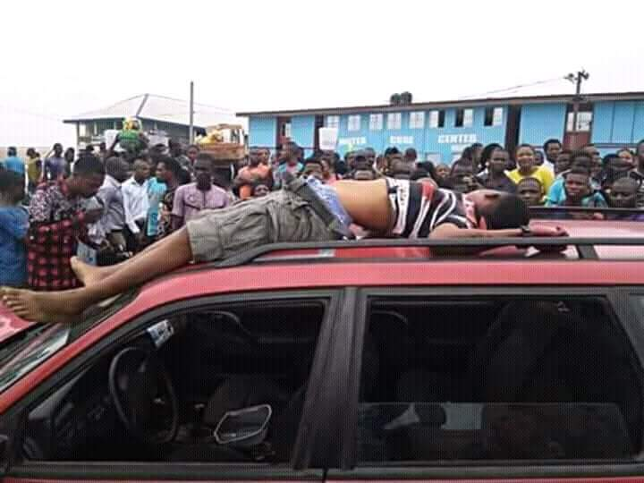 Police shot dead taxi guy loading in Rumuokoro (Graphic Photos)