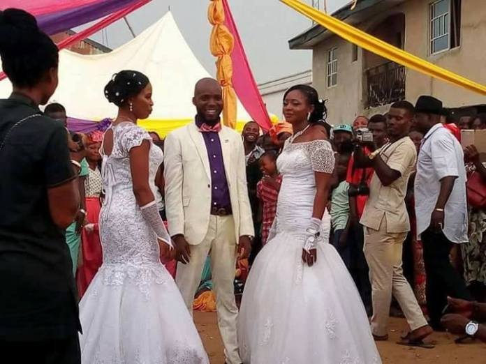 Awwh! Man marries two women in Abia state (See Photos)