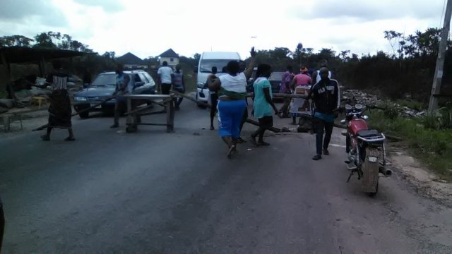 Breaking News: One killed, three injured as youths clash in Delta
