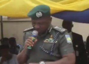 Watch the trending video of IGP Ibrahim Idris struggling to read his speech: 'Effort at the transmission, commission, omission'