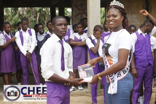 Miss Bayelsa 2018 Queen Freda Fred sensitizes thousands of Bayelsa students (Photos)