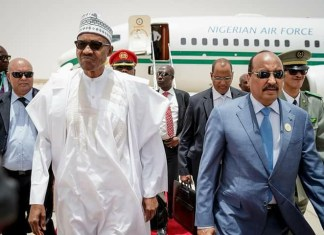 President Buhari arrived Mauritania ahead of the 31st session of the AU Summit. He was received at the airport by the President of Mauritania, Mohammed Ould Abdel Aziz.