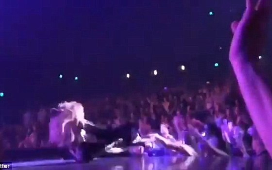 Video of Jennifer Lopez's embarrassing fall on-stage during her performance in Las Vegas