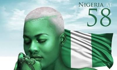 Alex Unusual goes na9ked on Independence day - Photos