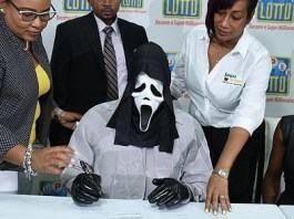 Lottery winner wears Scream mask to claim his prize so he won't be recognized by money-hungry relatives