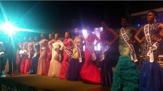 UNBELIEVABLE!! IFEANYI UBAH DISQUALIFIES ALL THE CONTESTANTS FOR THE MOST BEAUTIFUL GIRL IN NNEWI PAGEANT – THE DETAILS WILL SHOCK YOU (PHOTOS)