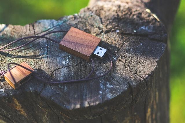 USBメモリー使い方
