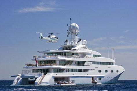 yacht-pegasus-v-princess-mariana-luxury-motor-yacht-aft-with-heli