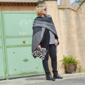 Look en cape imprimée ou la mode version éthique ! - Chiffons and co, blog Mode, Lifestyle, Voyage