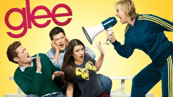Glee-Netflix-810x456