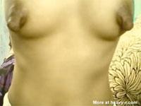 こっこれはデカナガ乳首っ!ビロ〜ンと伸びきって垂れてしまった外人さんのニップルズ