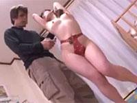 貞操帯を付けられた若妻がチクビ弄りで何度もアクメしてしまう