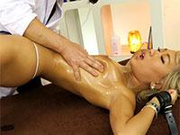 話題のスペンス乳腺開発クリニックの2作目が登場!今度は黒ギャルAIKAの乳腺開発だ!