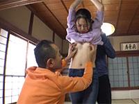 町内会長とその息子に性的ツボである乳首をじっくりと責められてもう逃げられない人妻