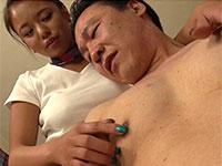 乳首快楽Men'sサロンに褐色肌でグラマラスなNAOMIさんが登場!献身的な乳首ケアが堪りませぬ!