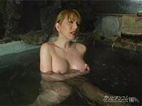 仕事終わりは温泉に浸かりながらの乳首弄りオナニーが日課のニューハーフ女将、七瀬舞さん