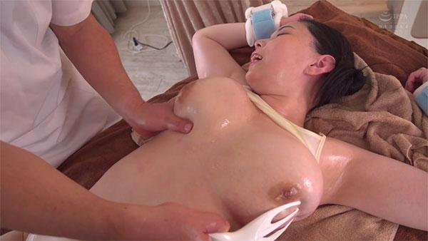 頭皮マッサージ機のようなものでスペンス乳腺マッサージ