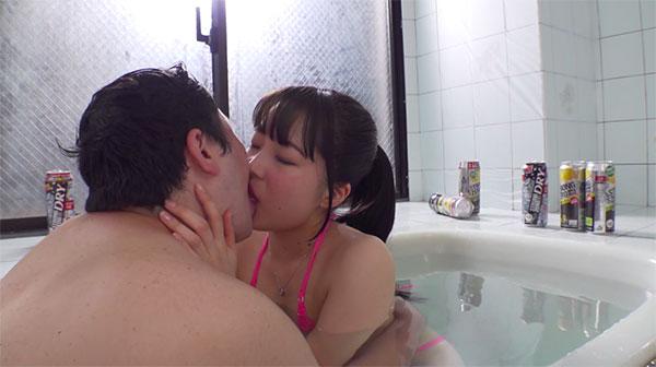 お風呂で宮沢ちはるとストロングゼロで酔払ってベロチュー
