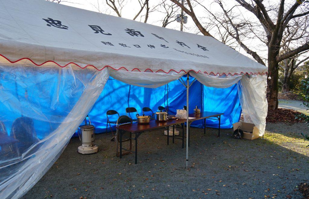 福岡県八女市忠見261-1 正八幡宮 お正月の準備 2018年大晦日 忠見南町内会 炊き出し