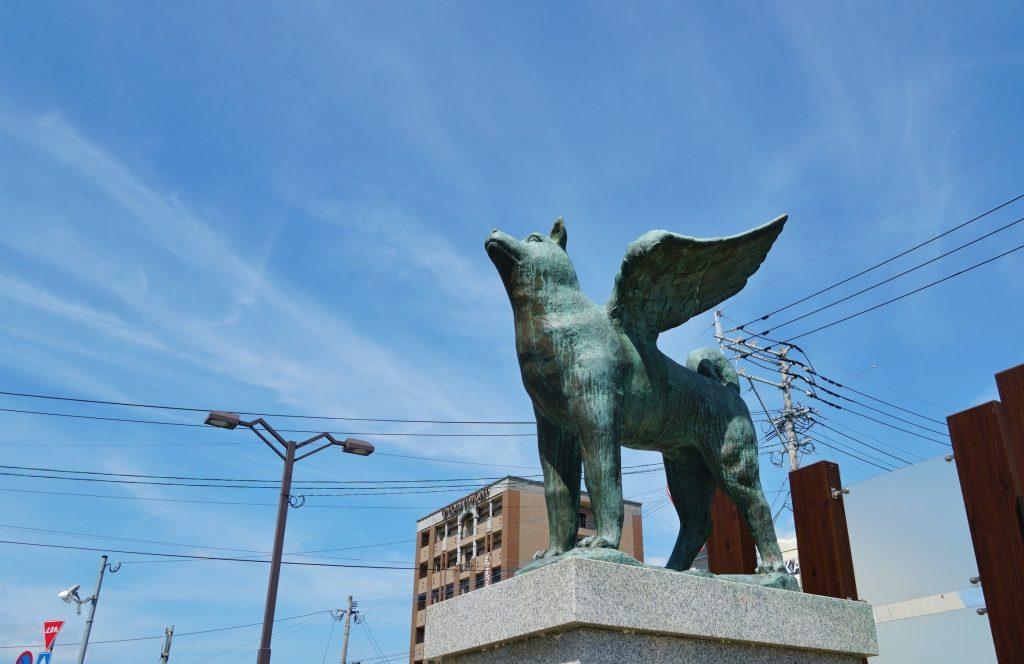九州旅客鉄道鹿児島本線 JR羽犬塚駅 羽犬の銅像 羽犬伝説