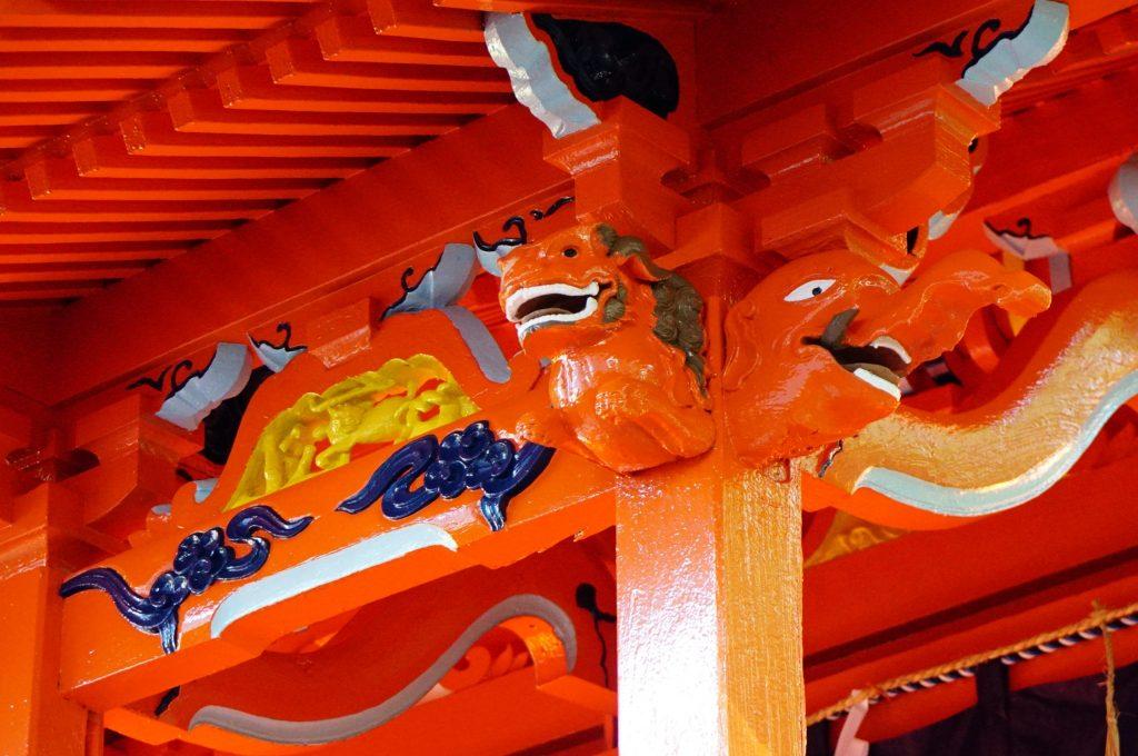 福岡県大牟田市鳥塚町87 熊野神社 神殿 木鼻の彫刻