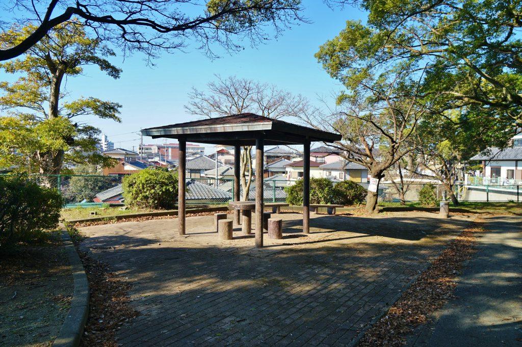 福岡県大牟田市鳥塚町 鳥塚公園 休憩所 展望台