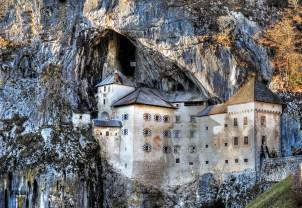 de fotograaf is mijn onbekend, Predjama castle