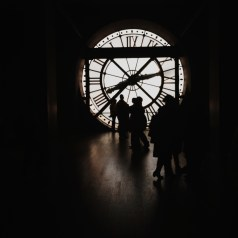 Silhouettes in the Musée d'Orsay