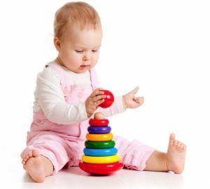 Развитие малыша в 7 месяцев: что должен уметь малыш?