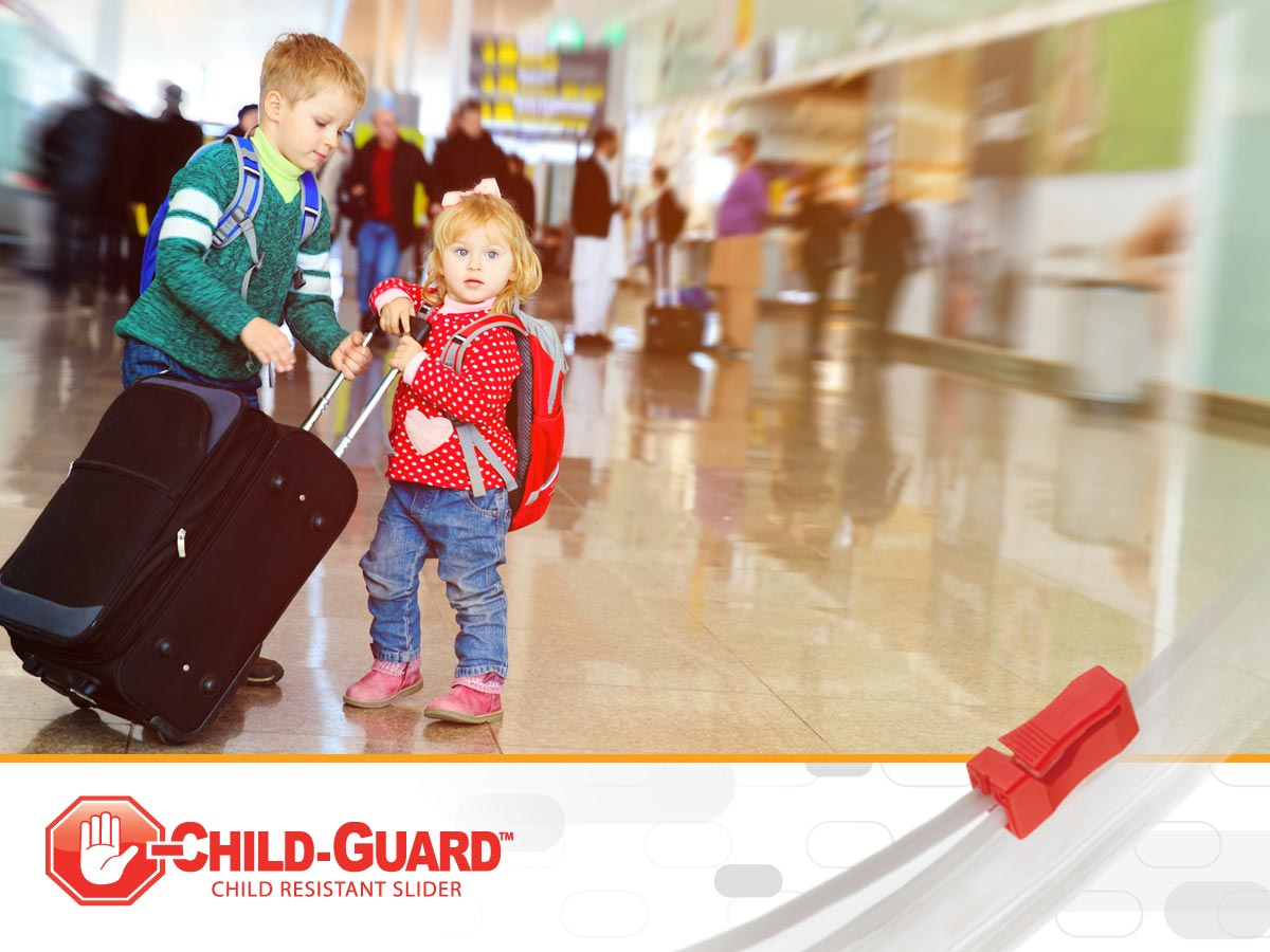 toddler traveling safety