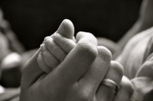 hands-1402625-m