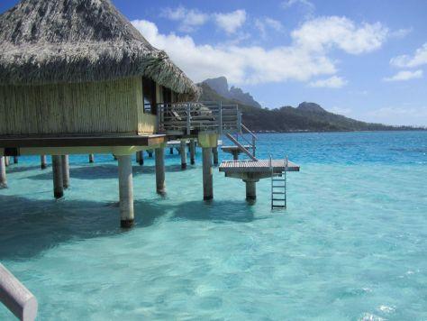 Overwater bungalow Bora Bora Tahiti