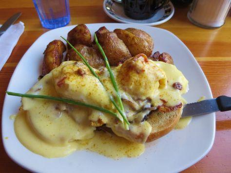Moroccan Chicken Benedict Blue Fox Cafe Victoria BC