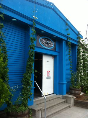 Popluxe Brewing FreLard Seattle