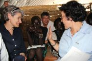 Irina Bokova and Leila Zerrougui sat down with children at the temporary learning space. ©OSRSG-CAAC