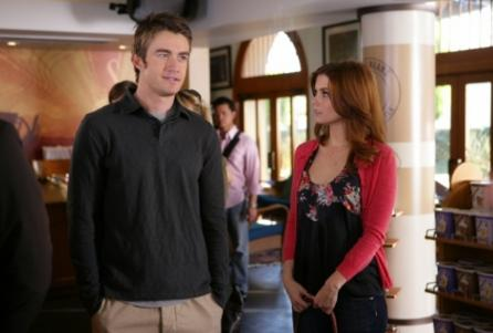 I hate to say this, guys, but I think Robert Buckley might be a showkiller. And that's sad, because he's so damn pretty.