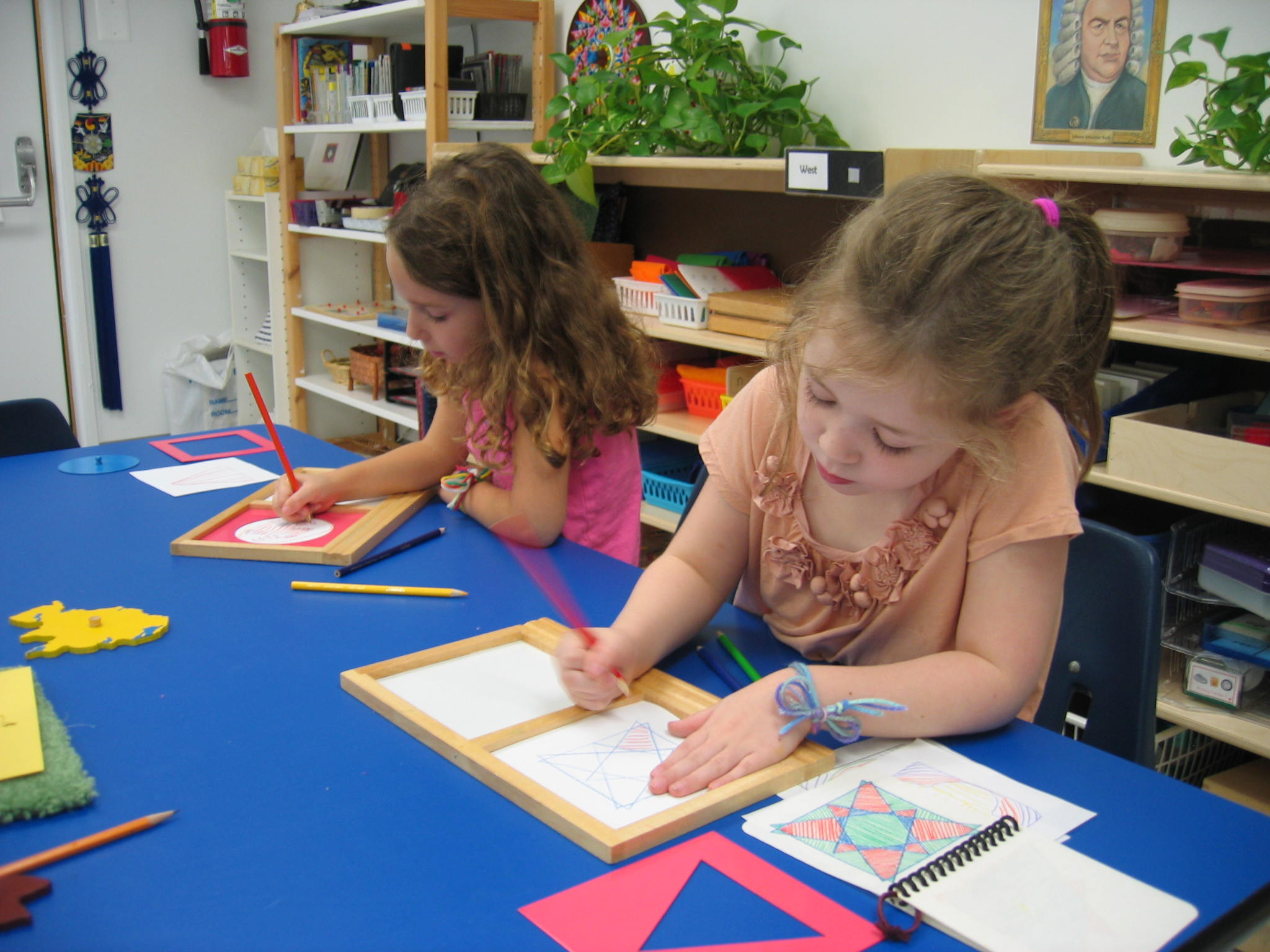 What's the Difference Between Montessori and Traditional Preschool? | Children's House Montessori School of Reston