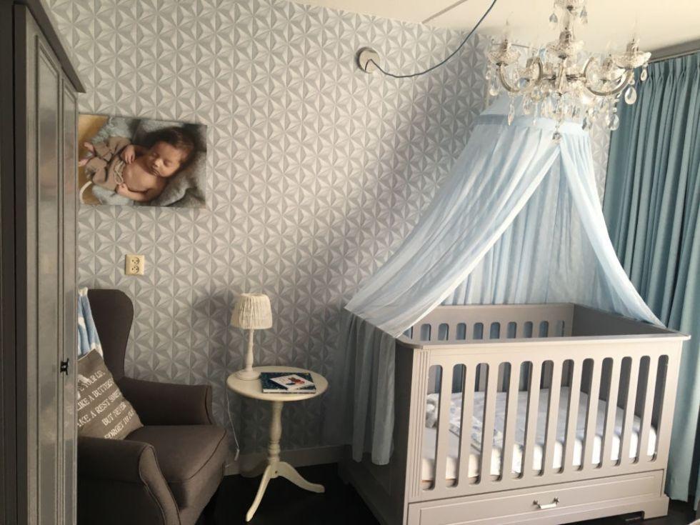 Behang Babykamer Romantisch : Een klassieke romantische babykamer childscloset