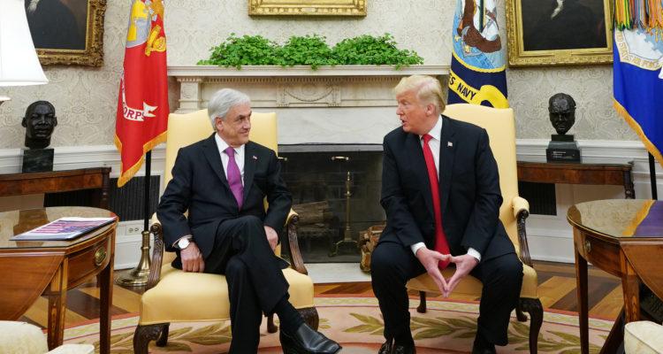 Trump llamó a Piñera y le aseguró que hay un «esfuerzo extranjero» que busca desestabilizar Chile