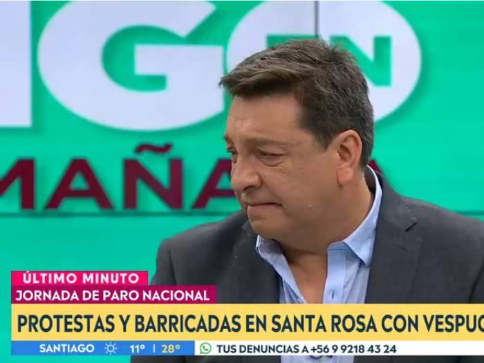 JC Rodríguez rompe en llanto tras crudo relato de abuelita: lo consolaron en vivo
