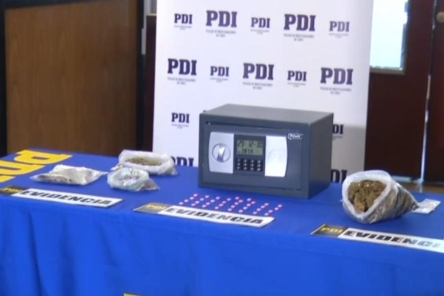 Dos mujeres fueron detenidas portando hongos alucinógenos, marihuana y éxtasis