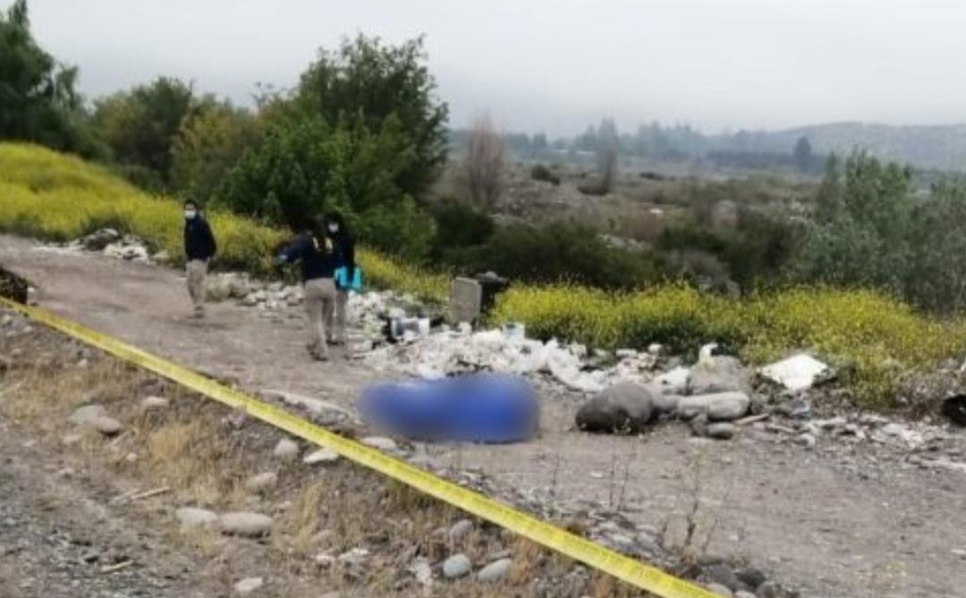 Con dos disparos en LA CABEZA encuentran cuerpo de hombre a la orilla de río Maipo