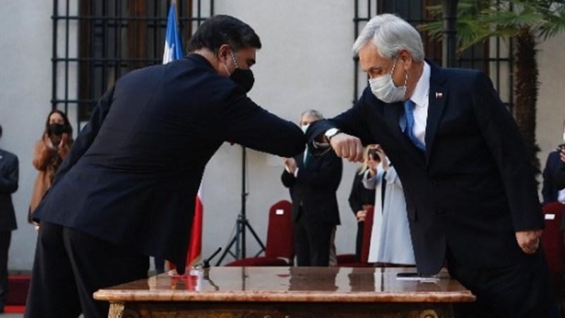 «El Presidente SOY YO»: suena RENUNCIA adelantada de Desbordes tras QUITADA DE PISO en vivo de Piñera