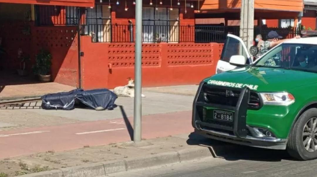 Encuentran CUERPO de hombre en transitada calle de Los Ángeles