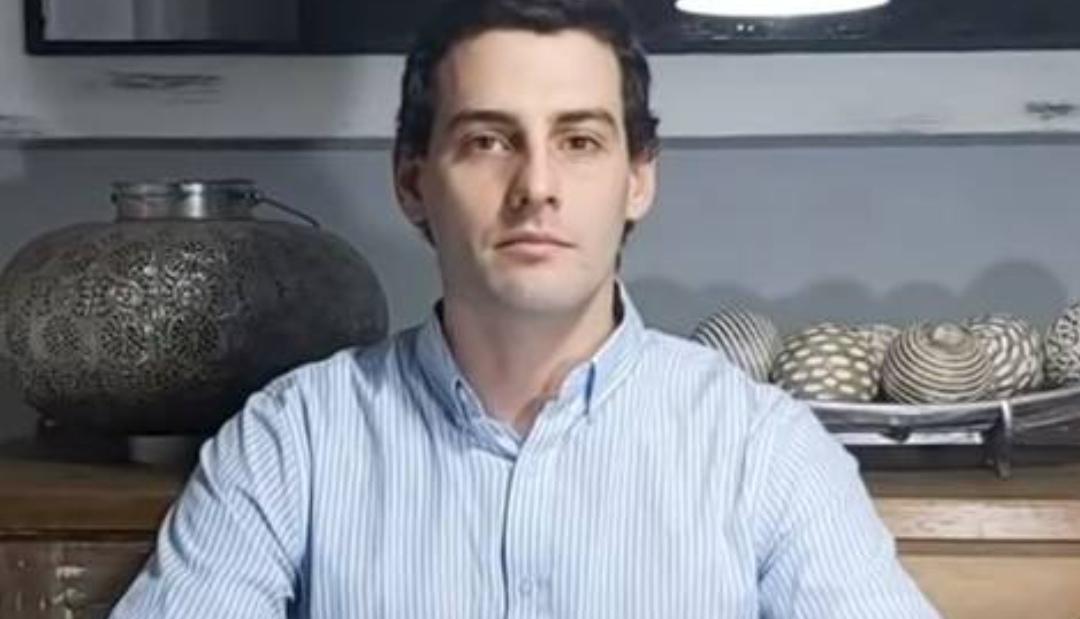 Fiscalía OBTIENE celular de Martín Pradenas, investigan 10.000 imágenes PORNOGRÁFICAS