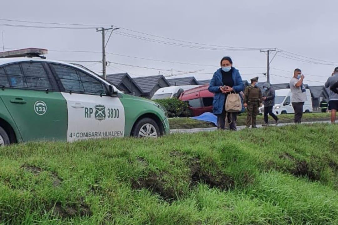 UN FALLECIDO deja volcamiento de vehículo en Hualpen