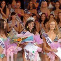 Putri Dari Indonesia (Bali) Menang Kontes Miss Bikini Award 2009 di Cina