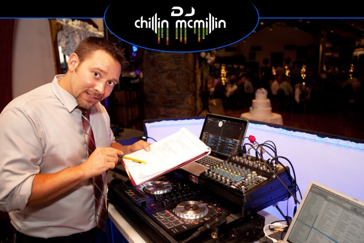 Wedding timeline DJ Chillin McMillin at Spencer Country Inn massachusetts